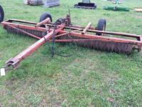 14' Cultipacker with transport wheels