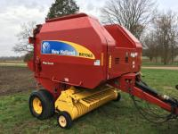 2011 New Holland BR7060 Round Baler, Silage Special, Xtra Sweep, Net Wrap, 1,740 bale count