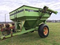 Parker 4500 Grain Cart