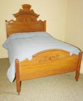 ANTIQUE SOLID WOOD 3/4 SIZE BED ON CASTERS WITH CUSTOM MATTRESS AND BOX SPRING - USBR5