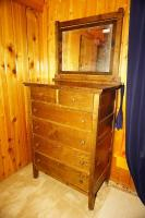 ANTIQUE SOLID WOOD DRESSER WITH MIRROR ON CASTERS - USBR1