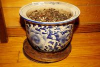 BLUE AND WHITE GLAZED POTTERY PLANTER - GRT