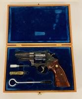 Smith & Wesson Model 27-2 - .357Mag