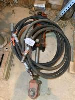 Two way hydraulic cylinder and hoses