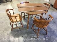 Table w/ 4 Chairs