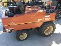 Ditch Witch (1990) 255sx, with pipe puller, hours 16333, gas