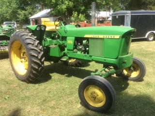 JD 2510 Tractor