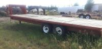 1993 Red Gooseneck Flatbed 24' wood bed, tandem axle