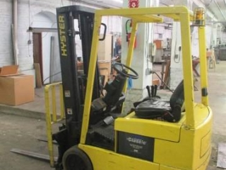 Hyster Electric Forklift w/Vertical Mast 4530 Hrs - M# J30XMT ***Forklift cannot be removed until 6:00 p.m. on the day of the removal.***