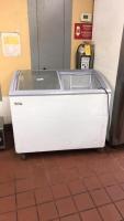 Avantco freezer on wheels