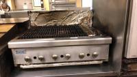 Royal Ranges gas grill (6 burners); 31
