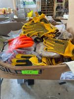 Lot- Assorted Work Gloves
