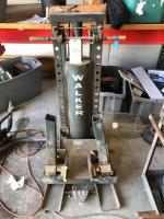 Walker HD Pneumatic Portable Lift