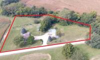 Country Living on 2.4 ac m/l