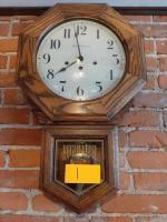 Saint Charles regulator wall clock with key - 3 day