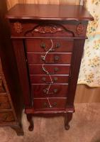 6 drawer Jewelry chest