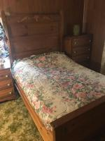 4 pc Knotty Pine full size Bedroom suite
