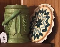 Sewing box w/ supplies; round quilt pc