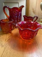 4 pieces of amberina carnival glass