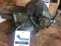 Amash 6 inch jaw bench vise
