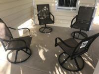 4 Swivel Patio Chairs