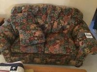 Floral Print Loveseat, very well kept and clean, with matching cushions