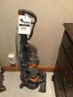 Dyson DC25 Sweeper