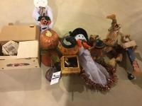 Assorted Halloween and Fall theme decor