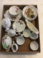 Flat of assorted decorative china