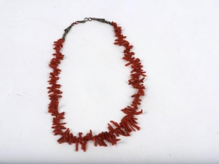 """18"""" raw coral necklace with metal hook clasp"""