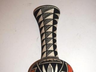 """Acoma pottery vase - 6 1/2"""" tall"""