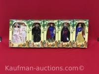 Disney's Snow White dolls