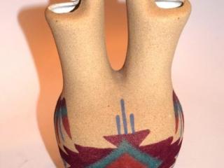 """Navajo sandpainted pottery vase - 6"""" tall"""