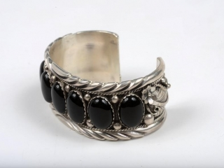 """Sterling Silver cuff with onyx 7 1/2"""" by Eaezr"""