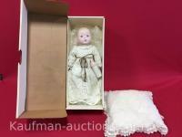 """Tiny Tears 14"""" Porcelain Doll"""