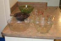 Pyrex measuring cups, Pyrex bowls and other glassware