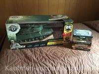 M1A1 Abrams 1/16 scale remote controlled tanker & 72nd scale table top tank
