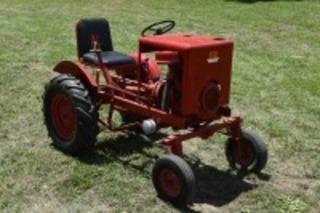 Red E Tractor