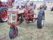 Farmall 230