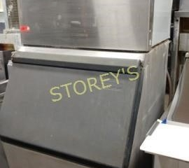 Scotsman Ice Maker w  Storage