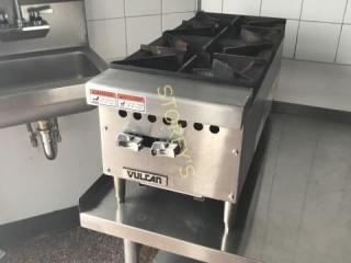 Vulcan 2 Burner cooktop Range  Nat Gas