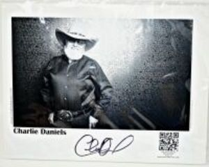 CHARLIE DANIELS HAND AUTOGRAHPED PROMO PHOTOGRAPH  8X10 - DONATED BY MICHAEL BUFFALO SMITH