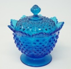 FENTON ART GLASS HOBNAIL LIDDED CANDY DISH