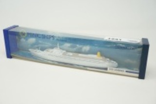VINTAGE MINIC SHIPS DIECAST MODEL BY HORNBY, RMS CANBERRA