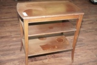 VINTAGE 3 TIER END TABLE