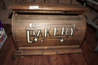 OLD ROLL TOP BAKERY BOX