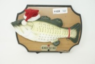 BIG MOUTH BILLY CHRISTMAS BASS MOTION SENSING ARTICULATED MUSICAL WALL PLAQUE