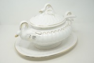 LARGE SWAN MOTIF SOUP TUREEN AND UNDERPLATE, MADE IN PORTUGAL