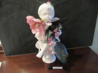 CERAMIC ANGEL FIGURE - (BR1)