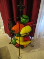DECORATIVE WIRE RACK WITH GLASS FRUITS - (BR1)